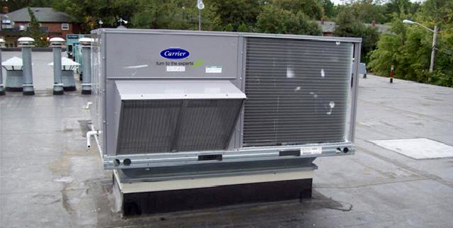 Carrier rooftop air conditioning unit in Edmonton